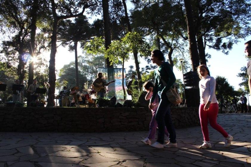 velhi hippie no parque cinquentenário 2