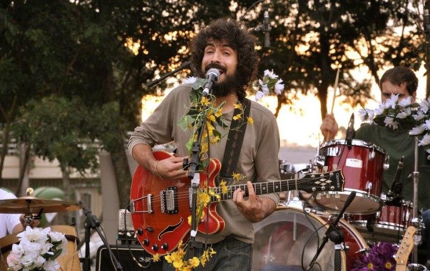 velhi hippie no parque da lagoa do rizzo